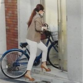 有田哲平の彼女(一般人)フライデー画像2
