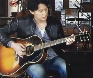 福山雅治のラブソングのアコギギブソンJ45