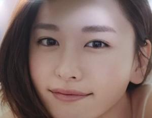 新垣結衣の雪肌精のポスター画像2