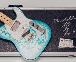 桜井和寿のブルーフラワーギター