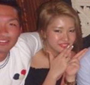 鈴木誠也のスキャンダル金髪女性画像(揉みっている)