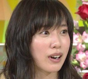 戸田恵梨香の歯茎を治した画像