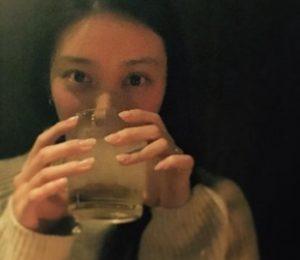 武井咲の指輪画像(TAKAHIROプレゼント)