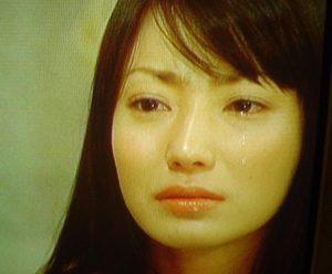 菅野美穂の号泣会見の涙