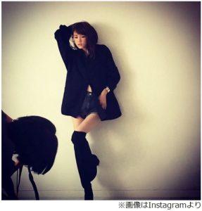 桐谷美玲の細い脚のインスタ画像写真