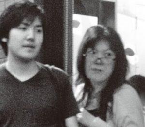 小室圭と母親の画像