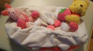 羽生結弦のティッシュカバーケース(ケーキ型プーさんとピグレット)