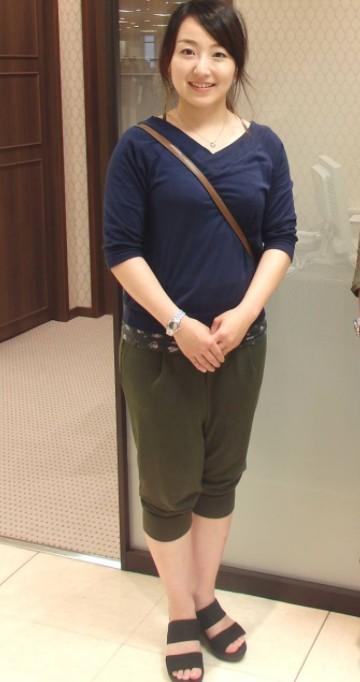 藤沢五月の画像(私服)全身スタイル