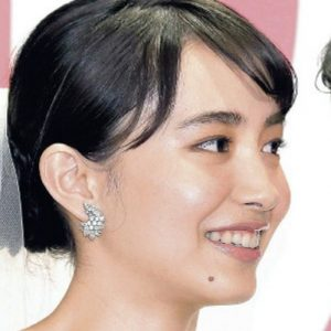 井桁弘恵の鼻くそ画像ゼクシィCMガール.