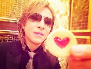 YOSHIKIのお菓子ハート型クッキー画像(2019年格付けチェック)