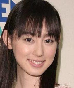 秋山莉奈の画像写真