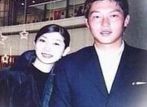 新井貴浩の嫁(大橋裕美子)の画像写真
