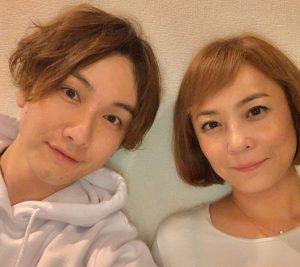 佐藤仁美と細貝圭の画像